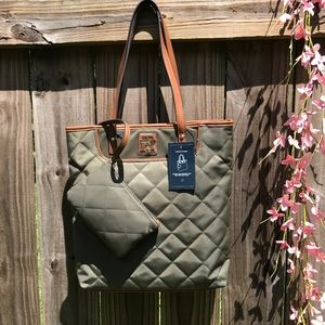 Tommy Hilfiger tote color green navy new